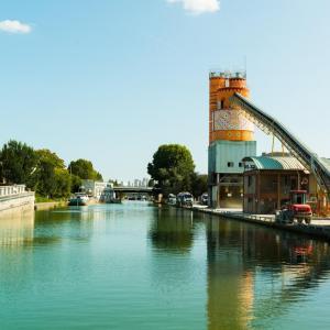 Croisière théâtralisée sur le canal Saint-Denis avec Méliadès - départ du Millénaire