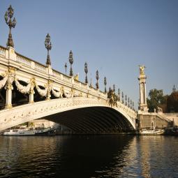 Croisière guidée sur la Seine de Paris à Rueil-Malmaison