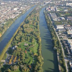 Croisière sur la Seine  autour de L'Ile-Saint-Denis jusqu'à la 1ere darse du Port de Gennevilliers