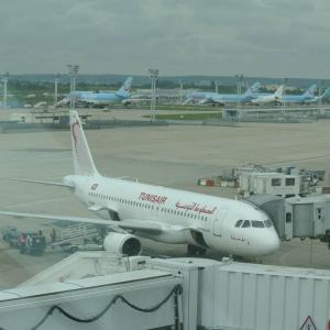 Sur les pistes de l'aéroport Paris-Orly