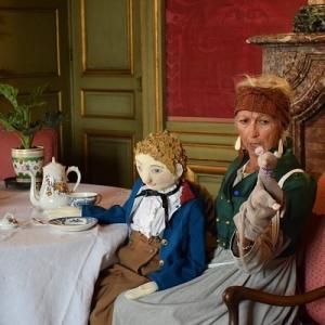 Les marionnettes racontent le château de Grosbois