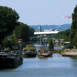 IKARIA - Croisière Le canal Saint-Denis, histoire et transformations, au départ du Parc de la Villette